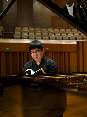 北京音乐厅2017国际古典音乐季:雨中花园—盛原色彩演绎德彪西钢琴独奏亿万先生