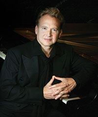 游弋黑白—美国钢琴家彼得奥特独奏亿万先生